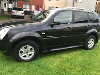 Ssangyong rexton 4x4 auto and tap gear £3000 no time waisters must go is week buyin new car