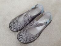 Brand New Reimer Womens shoes size. UK 5