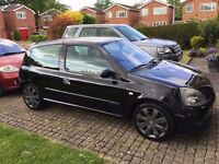 Renault Clio 182 Black Gold with Cup Packs