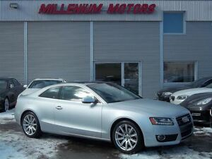2010 Audi A5 COUPE 2.0T AWD / LEATHER / SUNROOF / 84,000 KM