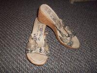 Snakeskin effect sandals. Size 6