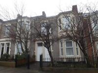 3 bedroom flat in Kingsley Terrace, Elswick