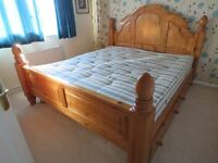 Superking sized bed with slumberland mattress and four drawers