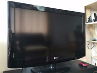 """LG 32"""" LCD for Sale"""