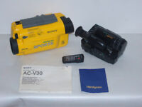 SONY CCD-TR705E CAMCORDER & WATERPROOF CASE SET COMPLETE PROFESSIONAL KIT BUNDLE