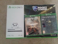Xbox One S 1 Tb plus 2 games.