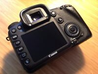 Canon 7D DSLR / 18MP / 1080 HD Video / Body Only - great condition - perfect Christmas present