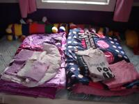2 sets of twin bedding