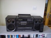 PANASONIC PORTABLE STEREO SYSTEM WITH REMOTE