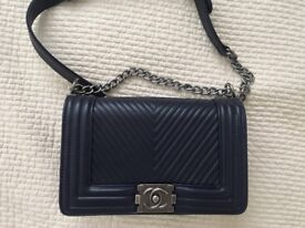 CHANEL TOMBOY CROSSBODY BAG