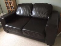 TWO SEATER BROWN LEATHER SOFA IN EXCELLENT CONDITION FREE LOCAL DELIVERY