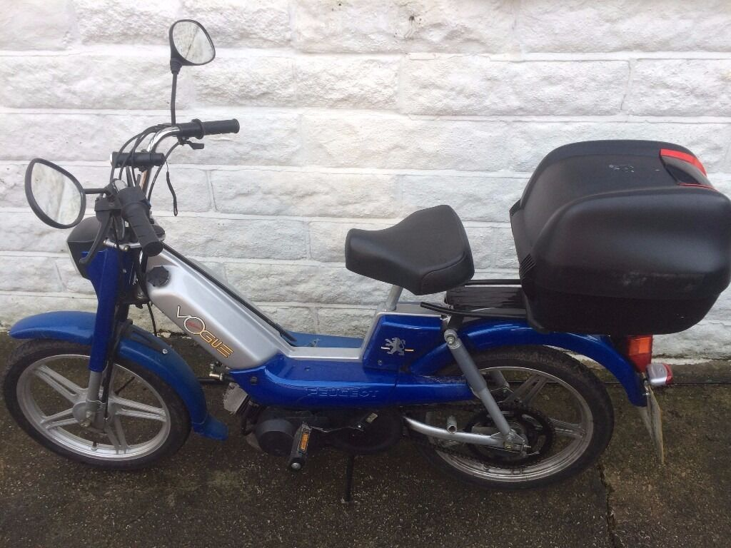 peugeot vogue pedal and pop continental step-thru moped for