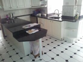 4 bed ground floor flat in UB10 Hillingdon Call Dee on 02039502837