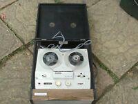 vintage reel to reel recorder