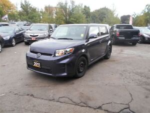 2011 Scion xB leather