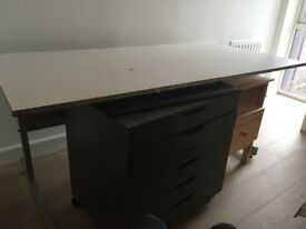 Desk for free