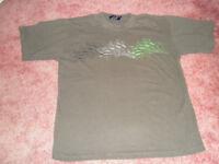 Le Shark & Fruit-of-the-Loom T-shirts (2)