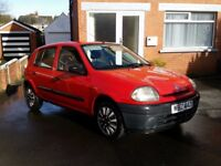 RENAULT CLIO 1.2 LONG MOT DRIVING 100% NEEDS NOTHING, DELIVERY AVAILABLE- P/X TRADE IN SWAPS WELCOME