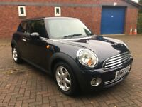MINI 1.6 Cooper 3dr 2 Owners Service History in Black 2009