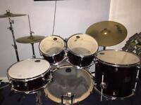 Mapex Horizon Red Drum kit £275