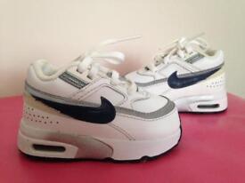 Nike Air Max Trainers UK 4, EU 20