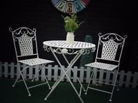 ABSOLUTELY STUNNING CAST IRON GARDEN SET VERY SOLID SET AND IN EXCELLENT CONDITION 70/70/75 cm £80