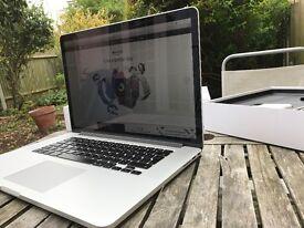 MacBook Pro 15 Retina (model 2015), Core i7 2.2GHz, 16GB, 256GB SSD, Fantastic Condition, Box