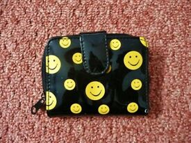 Womens Black with Yellow Smile Happy Face emoji Small Plastic Purse Multi Compartments
