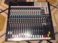 Soundcraft FX16ii by HARMAN recording/live Lexicon® effects 16 channel mixer