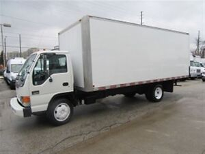 2005 GMC W-5500 Diesel with 20 ft aluminum box