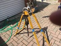 hilmor conduit bender and vice in full working order