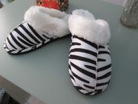 SLIPPERS SIZE 6 NEW