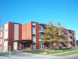ALL INCLUSIVE 1 bedroom unit - 830 Wellington St