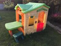 Little tikes playhouse picnic on the patio