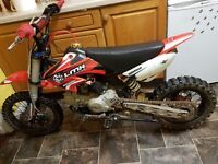 125cc stomp pit bike/ pitbike mint! Fast! dirt bike/ scrambler/ demon x/ ktm
