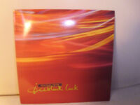 "COCTEAU TWINS ""ICEBLINK LUCK"" VINYL 7"" SINGLE"