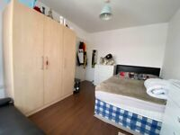 2 Double rooms in same house. Alperton. Living room and Garden. All bills inclusive.