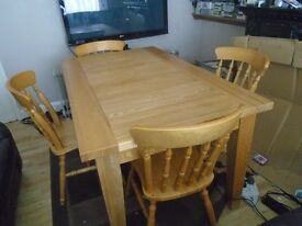 solid oak table 4 chaairs