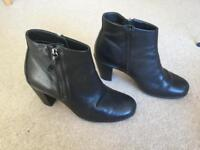 Ladies Ecco Ankle Boots size 6