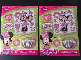 2 Minnie glitter pictures