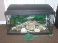 FISH TANK WITH HOOD LIGHT PUMP FILTER HEATER AND MORE £45