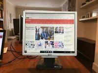 LCD Monitor/Screen 17""