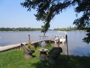Waterfront For Rent less than 1 Hour from Winnipeg