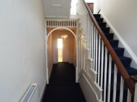 Wokingham Road, Reading - Two Bedroom House - £975 PCM