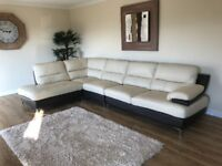 Leather corner suite/sofa with chaise longue