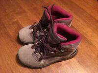 Regatta Girls Hiking Boots Size 13
