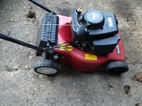 Mountfield petrol rotary lawn mower no grass box 4 stroke starts first time