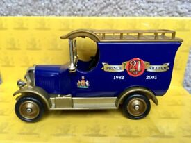 Lledo Bull Nose Van for Prince Williams 21st Birthday. Limited Edition. VGC.
