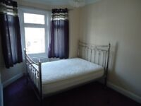 Double Room in a Stunning House Slough town centre