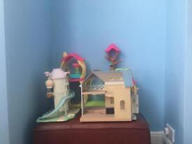 2 sylvanian houses 1 enchantimals house